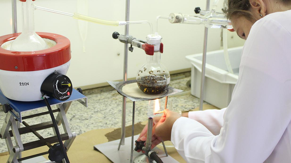 Equipamentos-de-última-geração-para-o-desenvolvimento-de-proejtos-de-pesquisa